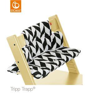 COJIN TRIPP TRAPP GALON NEGRO - COJIN-BLACK-CHEVRON-TRIPPTRAPP