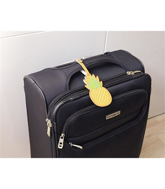 ETIQUETA MALETAS PIÑA - TT38_PINEAPPLE_LUGGAGE_TAG_ACTION_0872