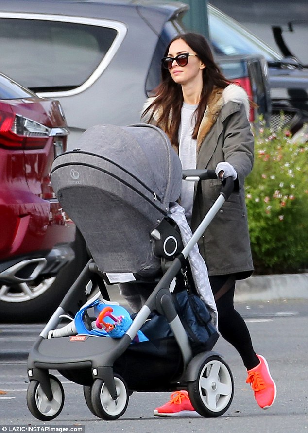 megan fox stokke trailz