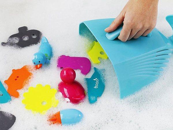 juguetes infantiles para el baño