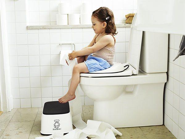 orinales infantiles y pañales para bebés