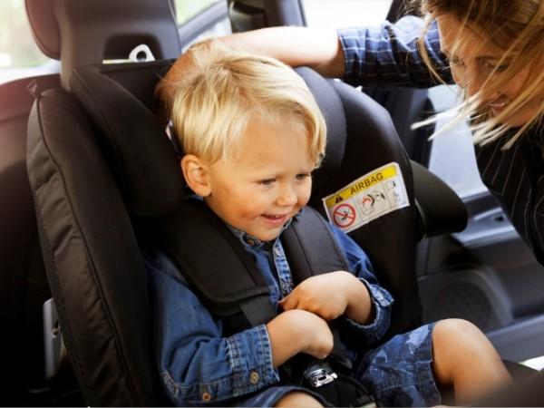 sillas coche y seguridad infantil